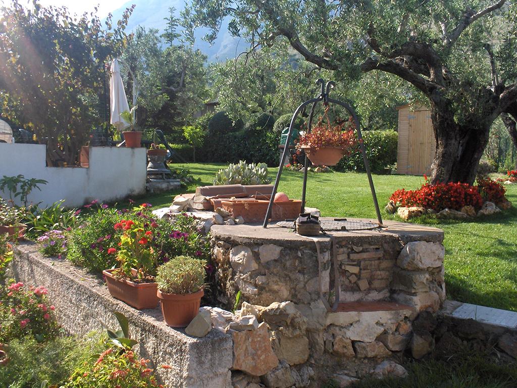 Manutenzione di parchi giardini ville vivaio del golfo for Prato senza manutenzione
